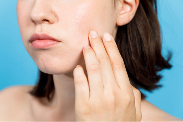 保湿ケアは毎日してるし、特別な美容ケアだって定期的にしてるのに肌が…