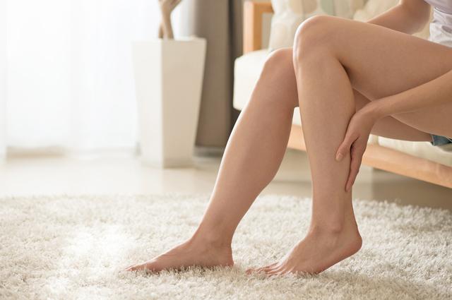 特に足のむくみは女性にとって大きなお悩みの一つですよね。