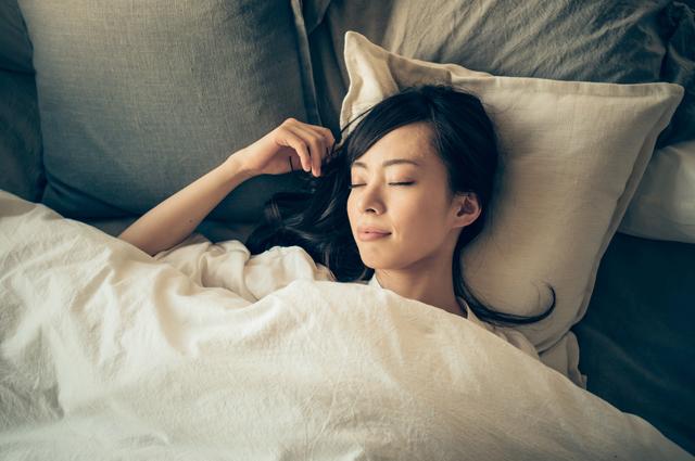 睡眠時間は十分に確保し、体を休めましょう。