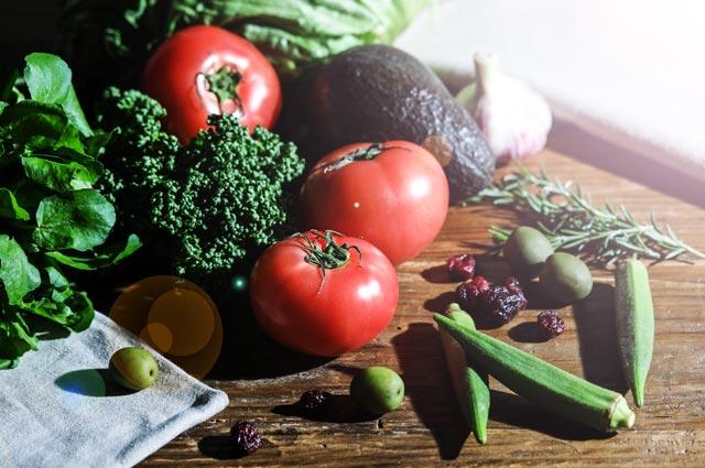 過酷な環境の下でも、みずみずしい「野菜の力」に着目しました。