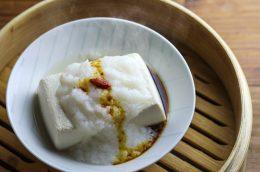 食べるスキンケアvol.24食べ過ぎ解消! 胃腸をやすめる「蒸し豆腐」
